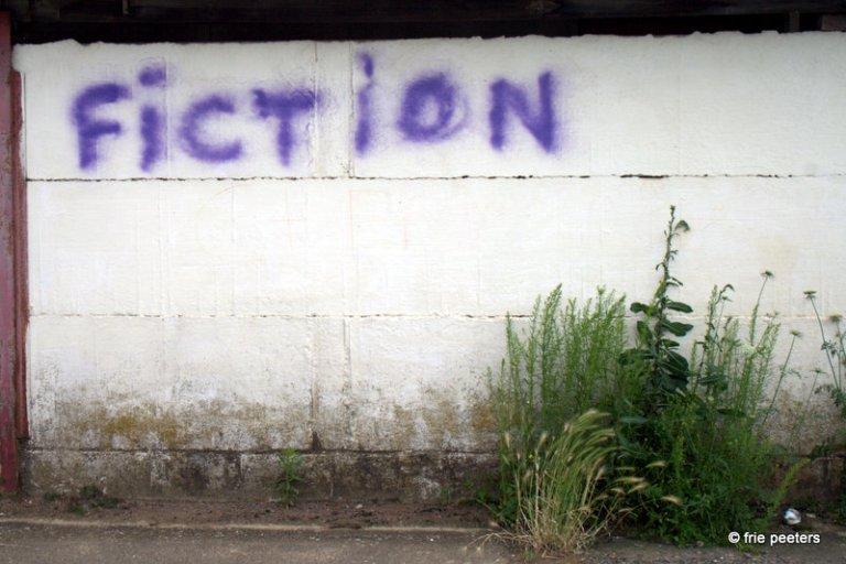 Graffiti op muur voetballokaal