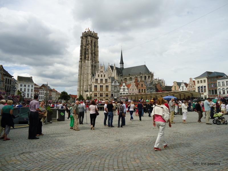 Grote Markt - Sint Romboutskathedraal