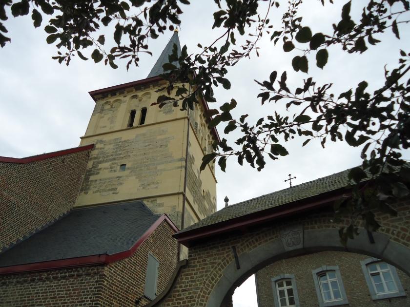 Sint-Lambertuskerk en Pastorie - 's Graevenvoeren